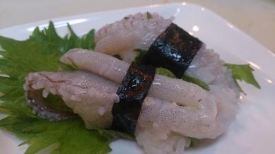 すだちと塩で食べる生げその握り寿司!