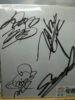 imgcrazy_max_autograph.jpg