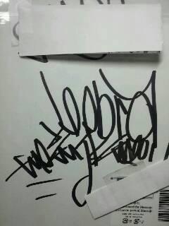 imgZEEBRA_autograph.jpg