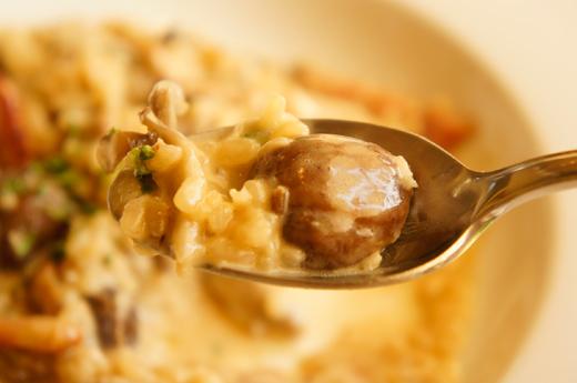 イタリア産の栗とベーコンのリゾット ポルチーニ風味