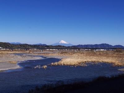 蓬莱橋から見る富士山
