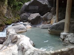 清和園・露天風呂