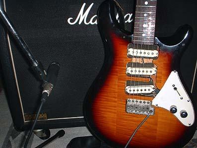 使用したギター、PRSの80年代のCEモデル(改)。