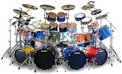 ドラムセット・・・ってか、多すぎだろwww