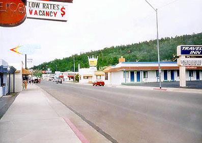 アリゾナ州を横断するルート66号線。