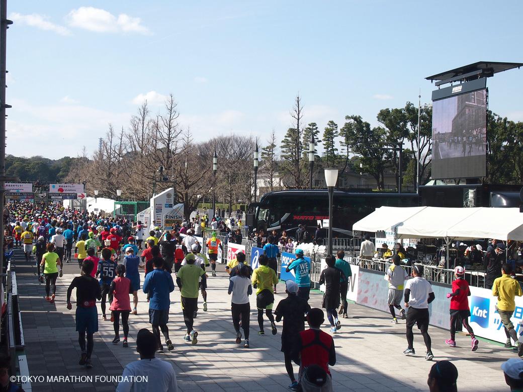 東京マラソン2017 フィニッシュ