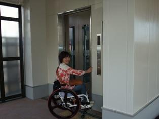 エレベーター完成