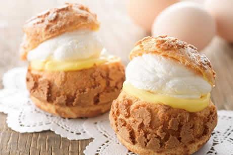 『贅沢たまごのシュークリーム』商品イメージ写真