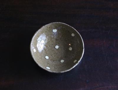 水玉小皿 茶色