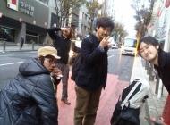 2012年11月24日午前6時30分頃、渋谷駅付近にて。