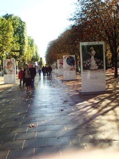 パリの並木通り