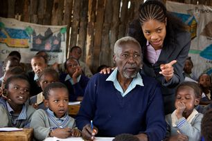 おじいさんと草原の学校