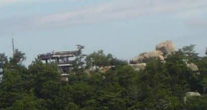 駒ケ林からみた頂上展望台