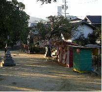 冬木神社の境内