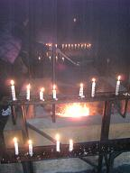 霊火堂の中
