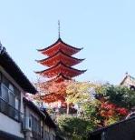 町屋通りから見た五重塔