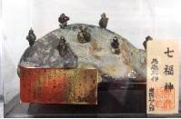 石人形の七福神
