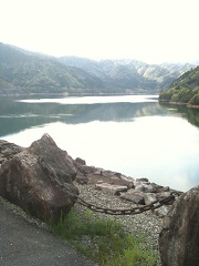 岩屋ダム 金山湖
