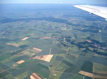 フランス上空より