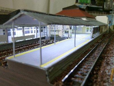 フルスクラッチ横須賀駅