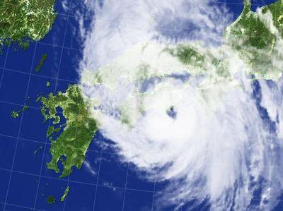 台風5号通過中