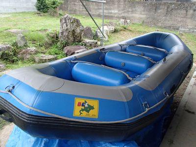 初代ラフトボート