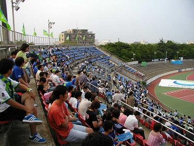 試合前の観客席(ホーム自由席)