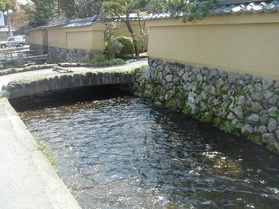 上賀茂神社近くの川