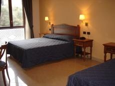 ホテル ウリセ Ulisse Deluxe Hostel