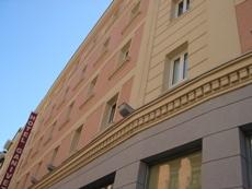 ホテル Ganivet