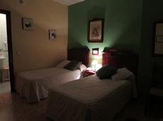 ホテル Arunda 2 アルンダ