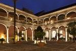 AC HOTEL PALACIO DE SANTA PAULA  ホテル・パラシオ・デ・サンタ・パウラ