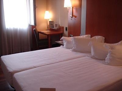 Hotel Front Maritim (1).jpg