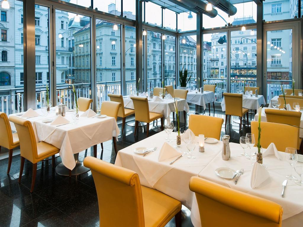 Hotel Ambossador Wien Photo by Booking.com