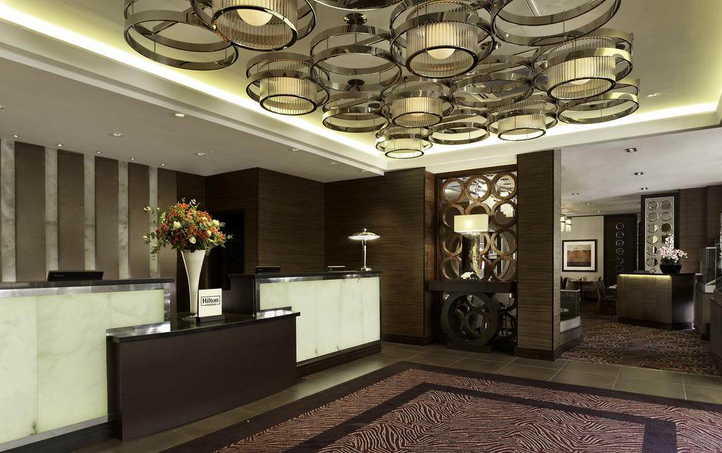 Hotel DoubleTree by Hilton London Victoria (ダブルツリー ロンドン ビクトリア) Booking (2).jpg
