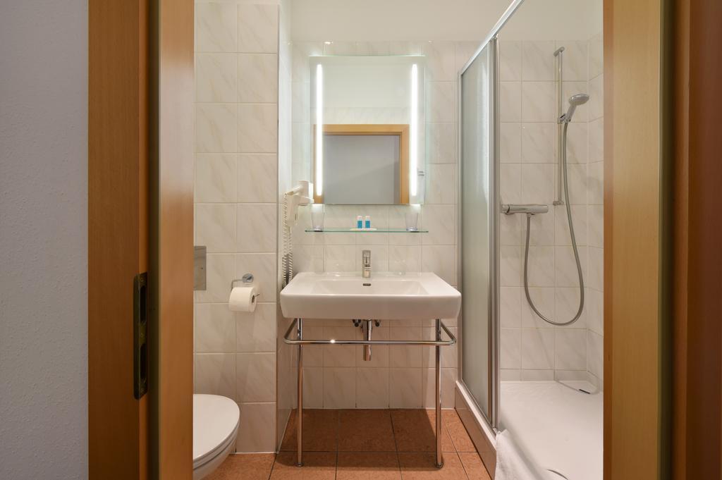 ウィーンお手頃ホテル  Hotel Lucia(ホテル・ルチア)Booking (6).jpg
