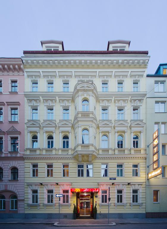 デア ウィルヘルムスホフ(Der Wilhelmshof)Booking (4).jpg
