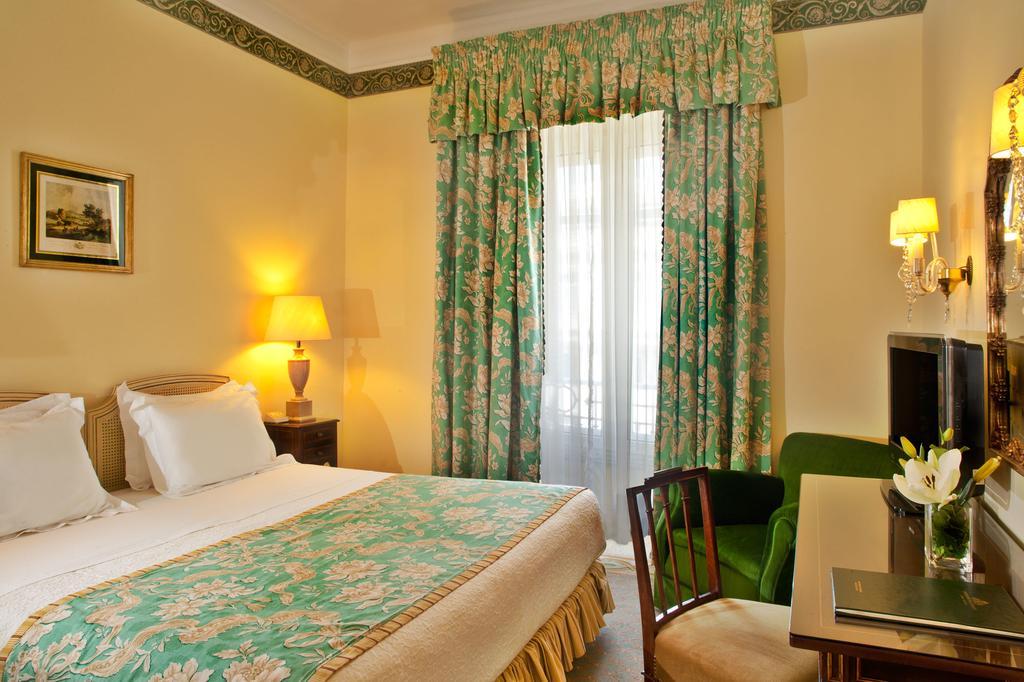 ホテル アベニーダ パレス(Hotel Avenida Palace)リスボン Booking (1).jpg