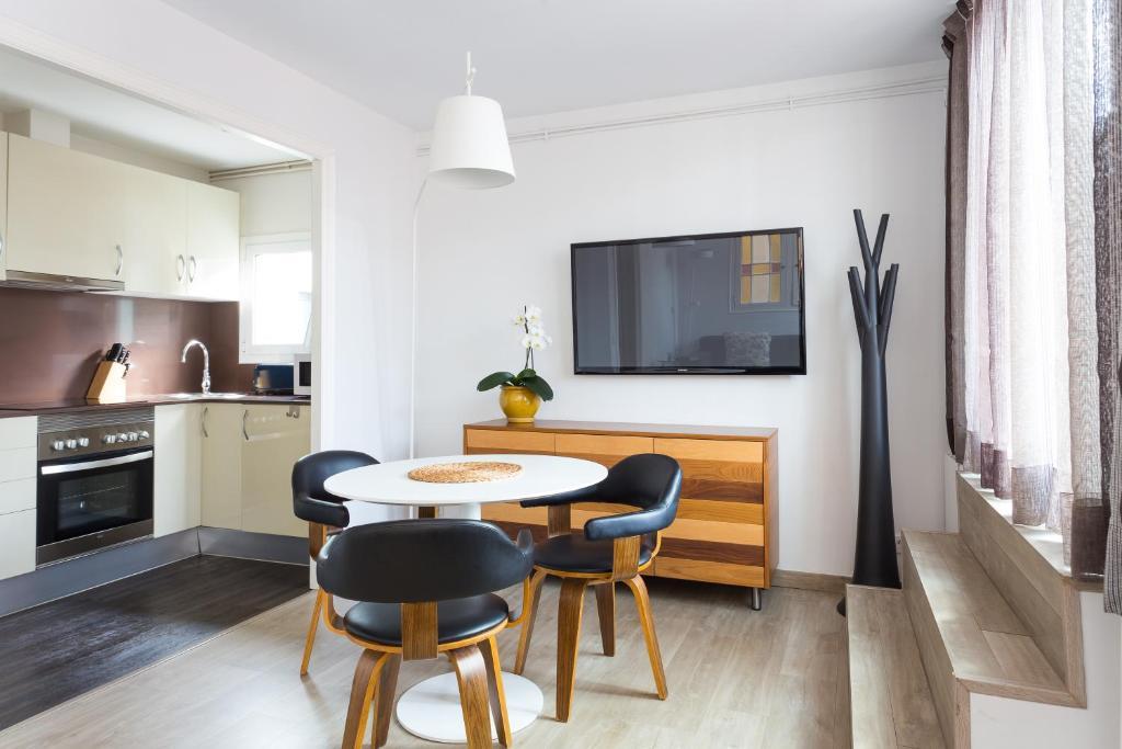 クアルトプリメラ アパートメンツ(Quartprimera Apartments)Booking (4).jpg