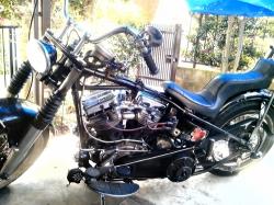 バイク組上げ1