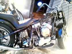 バイク組上げ2