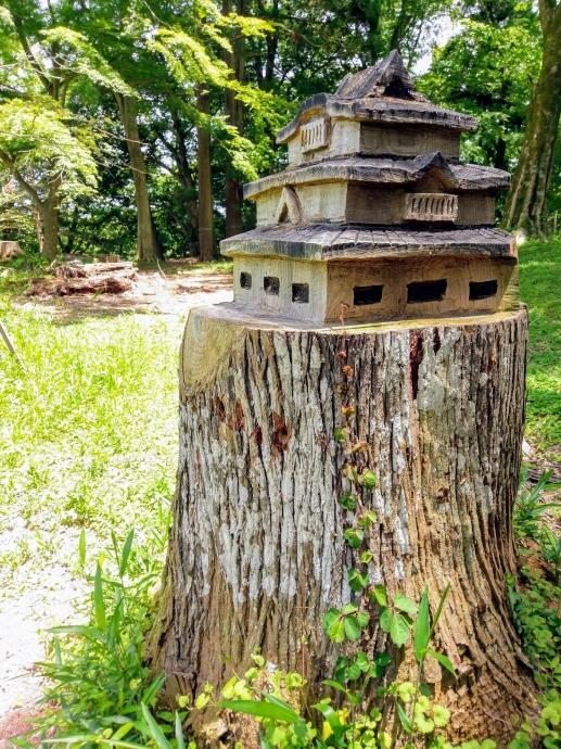 高取城 木の彫刻