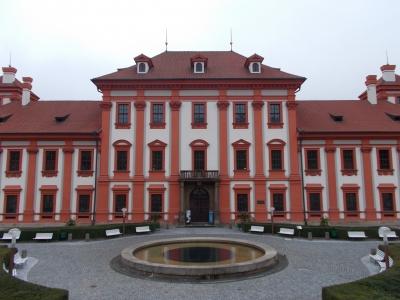 チェコのトロヤ城