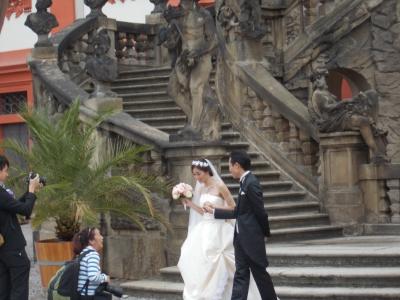 トロヤ城での結婚式