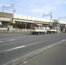 1311伝平橋にガードレールを.jpg