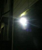 セキュリティカメラの光