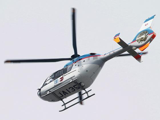 産経新聞社のヘリコプター