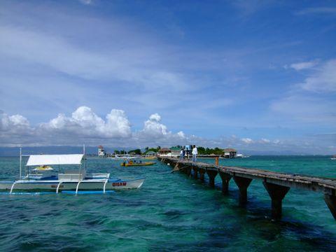 Island-hopping CEBU