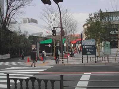 赤坂サカス内のACTシアターやBLITZ入り口