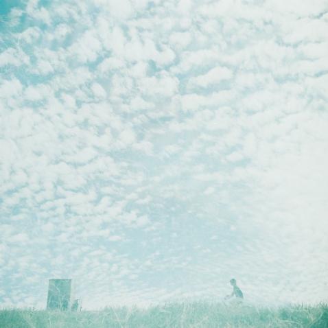 秋空の中.jpg